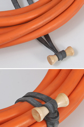 Quickly secure the tie in place thanks to the ingenious design.