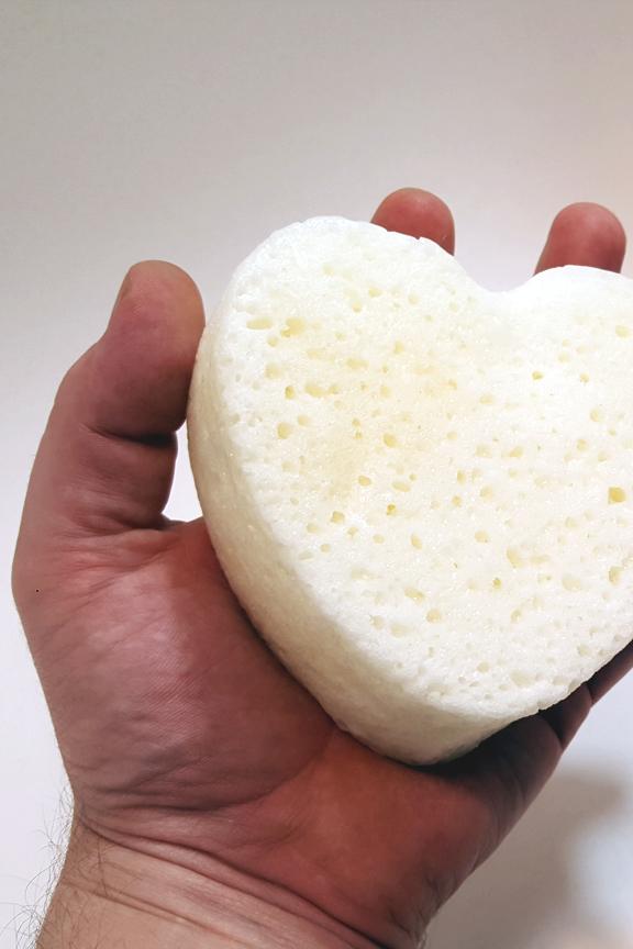 Product Detail: Sponge size.