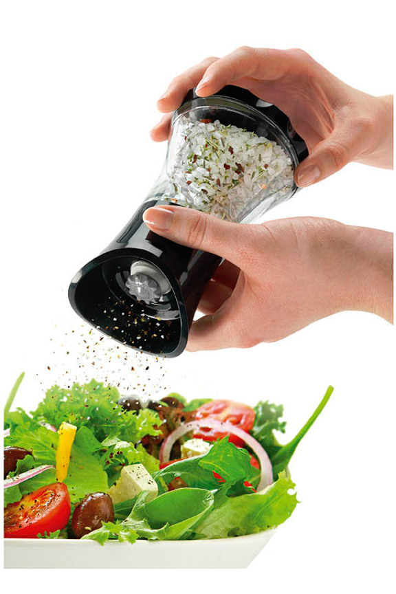 Easily grind fresh herbs, seeds and spices.